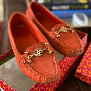 Tory Burch Flame Red Suede Driving Moccasins Sz 8